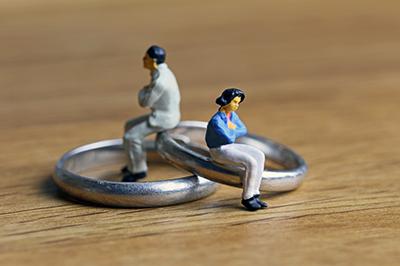 2、「離婚したこと」をあなたは後悔していますか?